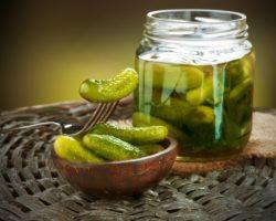 quick-pickled-cucumbers